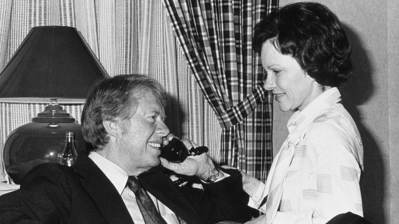 Jimmy Carter og Rosalynn Carter, begge smilende
