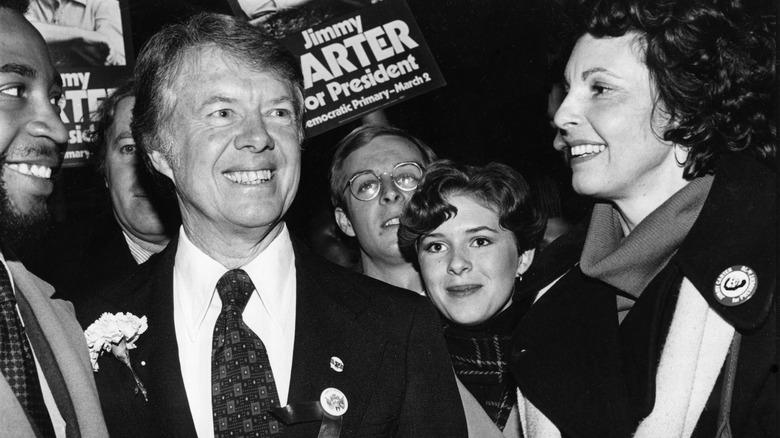Jimmy Carter på kampanjesporet, smilende