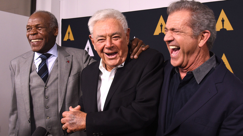 Richard Donner vises med Mel Gibson og Danny Glover i 2017