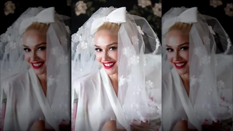 Gwen Stefani poserer i et brudeslør