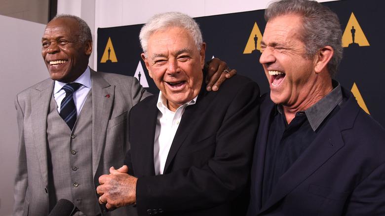 Danny Glover, Richard Donner og Mel Gibson ankommer The Academy Celebrates Filmaker Richard Donner i 2017