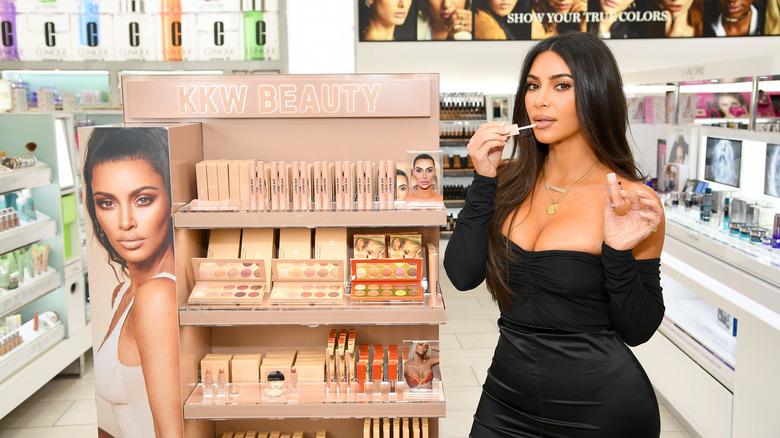 kim kardashian kkw skjønnhetsprodukt