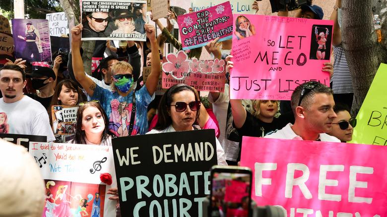 #FreeBritney aktivister