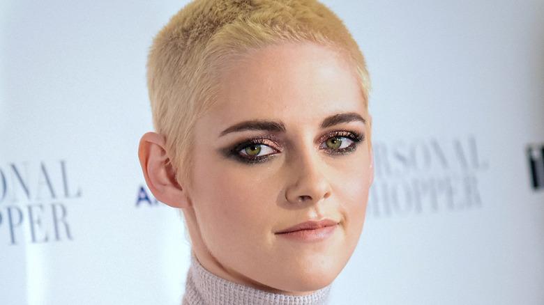 Kristen Stewart barberte hodet