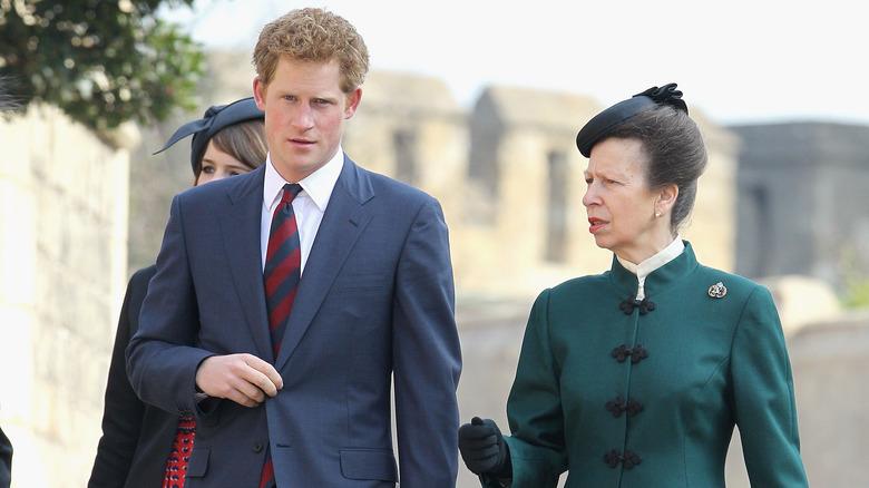 Prins Harry, prinsesse Anne