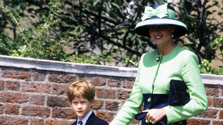 Prins Harry og prinsesse Diana går