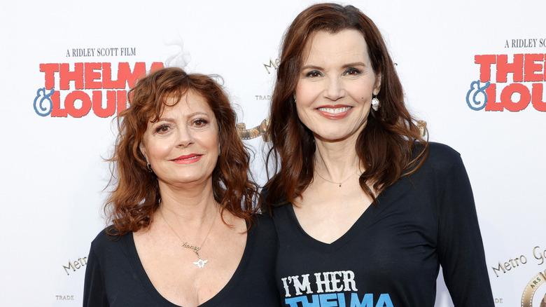 Susan Sarandon og Geena Davis på jubileumets veldedighetsarrangement for Thelma og Louise