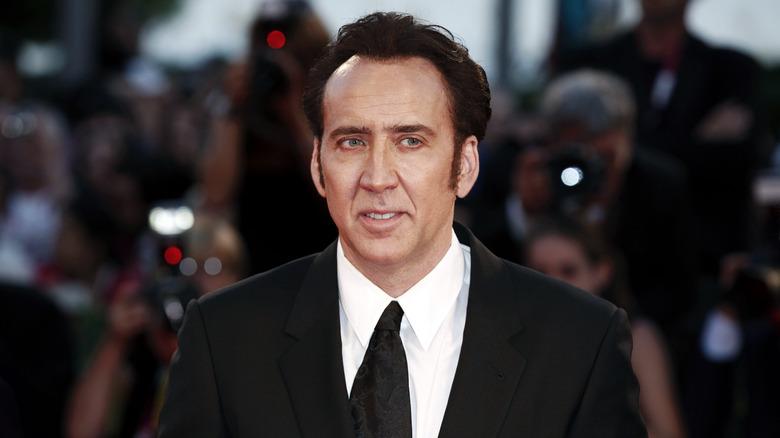 Nicolas Cage svart dress