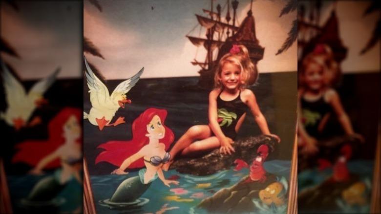 Blake Lively poserer med Disneys Ariel som barn