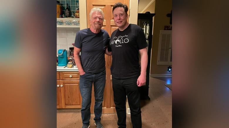Richard Branson og Elon Musk hjemme hos Branson