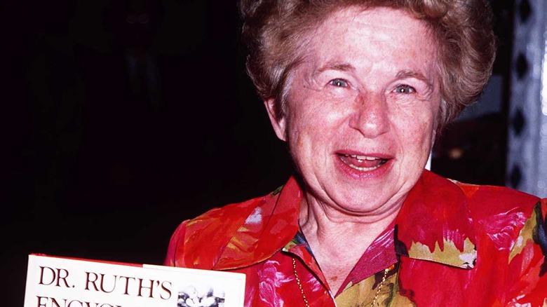 Dr Ruth med boka si