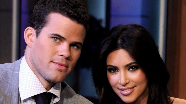 Kris Humphries og Kim Kardashian smiler