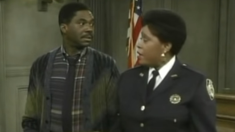 Charlie Robinson og Marsha Warfield i Night Court