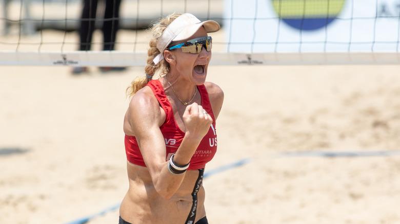 Kerri Walsh Jennings spiller volleyball