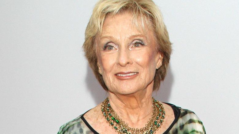Cloris Leachman stirrer av