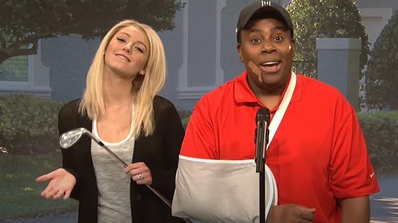 Blake Lively og Kenan Thompson på SNL