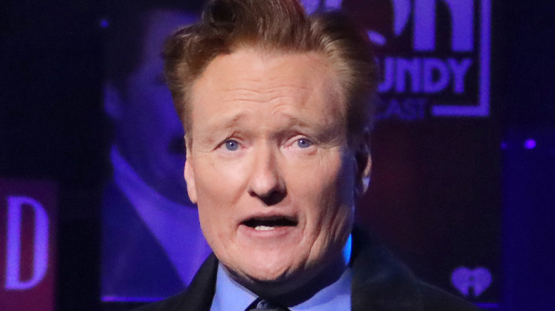Conan O'Brien ser bekymret ut