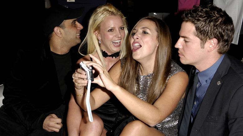 Sam Lutfi, Britney Spears og venner