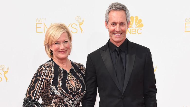 Jane Atkinson og Michel Gill smilende