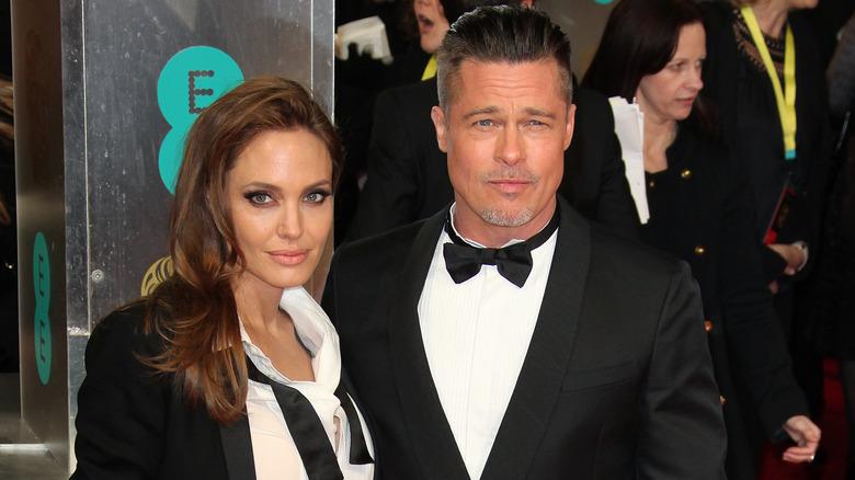 Angelina Jolie og Brad Pitt på et arrangement