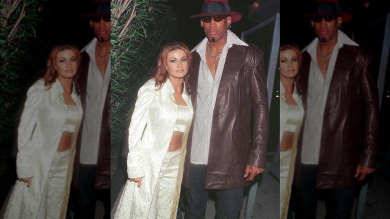 Carmen Electra poserer med Dennis Rodman