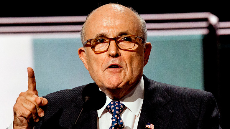 Rudy Giuliani snakker