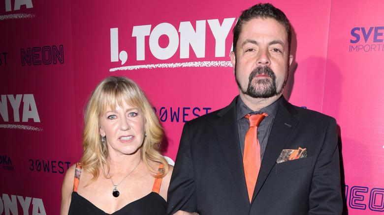 Tonya Harding og ektemannen Joe Price smiler