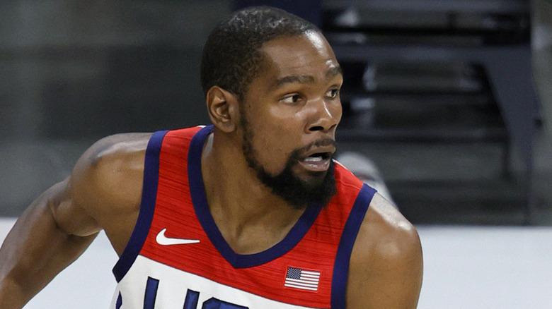 Kevin Durant ser overrasket ut