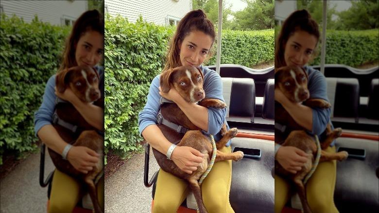 Aly Raisman holder hunden Mylo