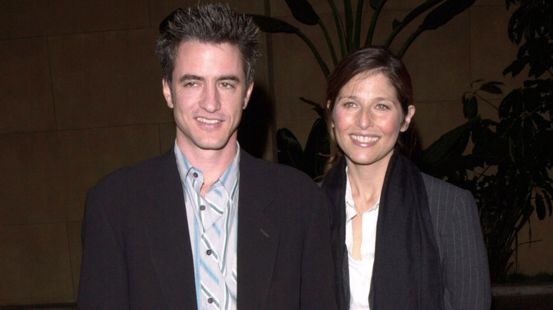 Dermot Mulroney, Catherine Keener, smiler sammen, foto fra 1999