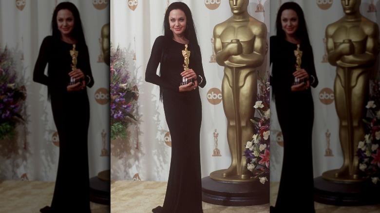 Angelina Jolie holder Oscar