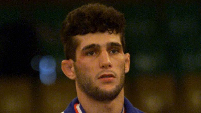 Arash Miresmaeili med medaljer