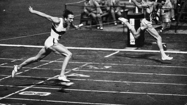 Dave Sime løper