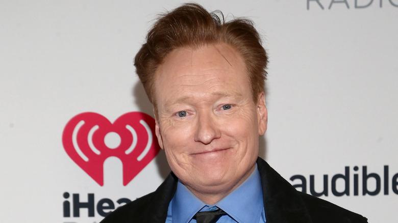 Conan O'Brien gliser