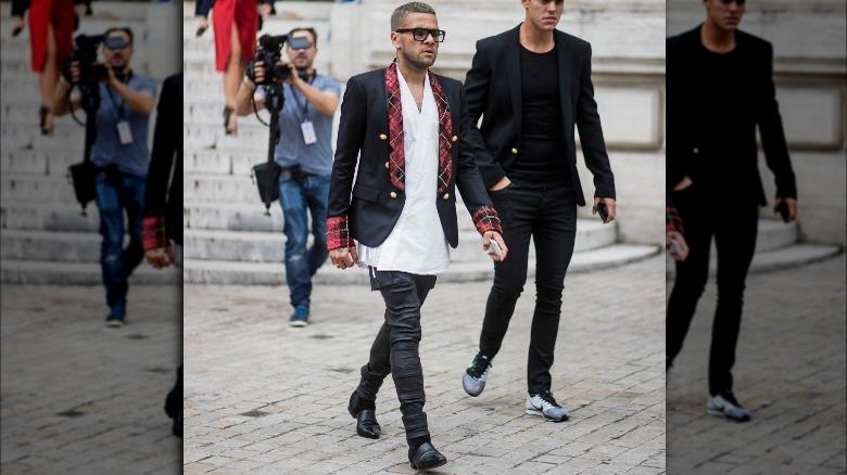 Dani Alves ute i Paris