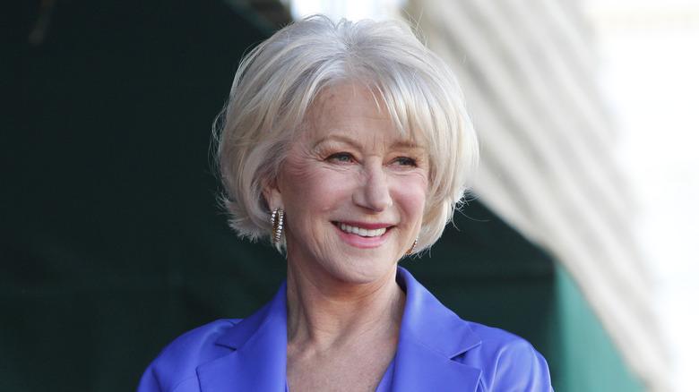 Helen Mirren smiler