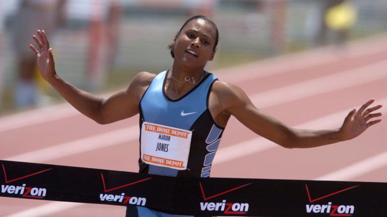 Marion Jones løper