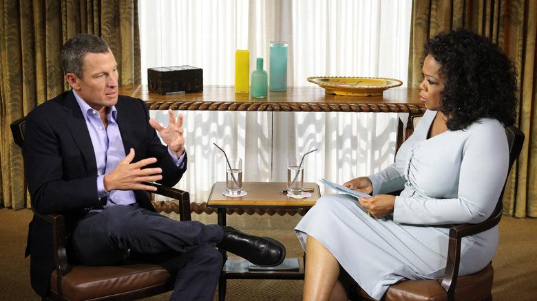 Lance Armstrong snakker med Oprah Winfrey
