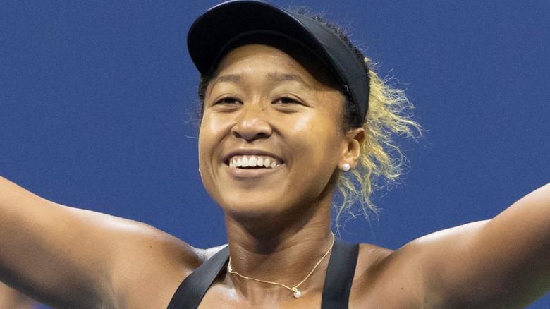 Naomi Ohsaka gliser
