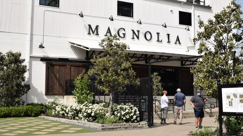 Butikkfront av Magnolia Market siloer i Waco, Texas