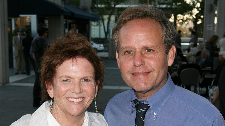 Martha Sue Cumming og Peter MacNicol