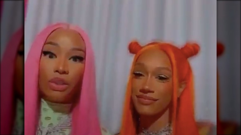 Nicki Minaj og BIA på Instagram Live sammen