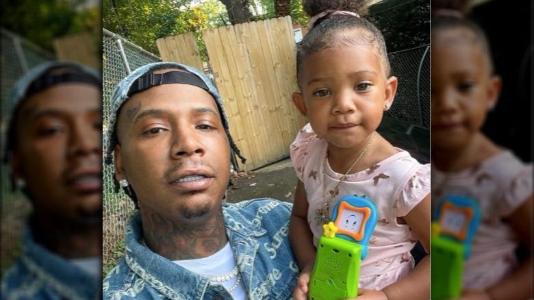 Moneybagg Yo og datteren vår, Spring, tar en selfie