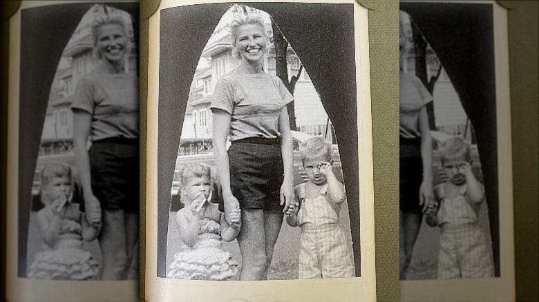 Christie Brinkley som barn sammen med moren og broren