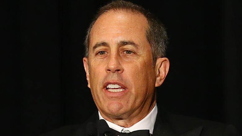Jerry Seinfeld snakker