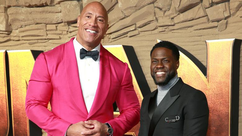 Dwayne Johnson og Kevin Hart på rød løper