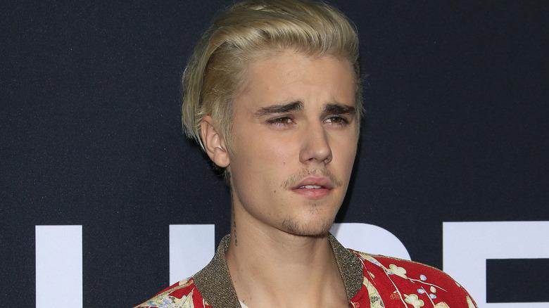Justin Bieber ser på