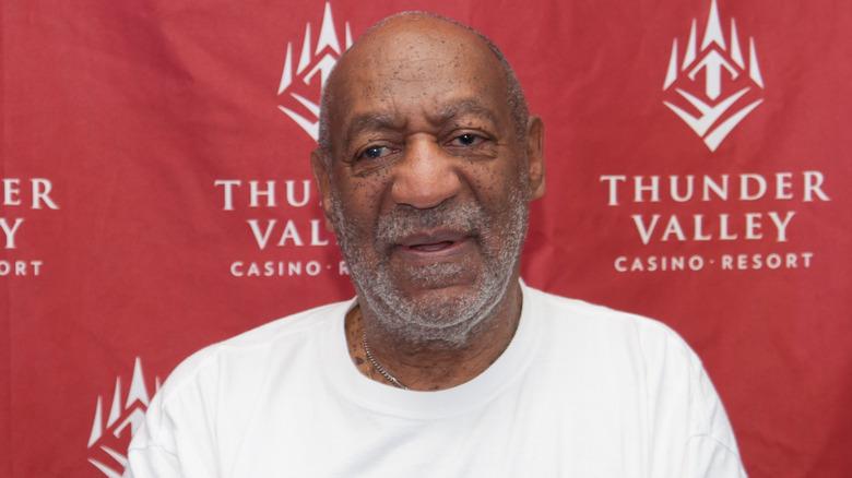 Bill Cosby stiller for bilder i 2014