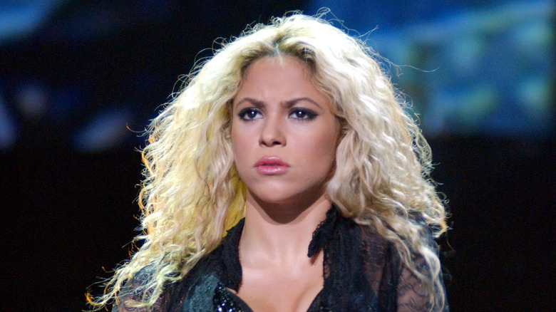 Shakira rynker pannen