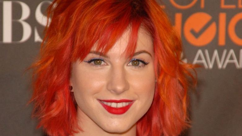 Hayley Williams med rødt hår